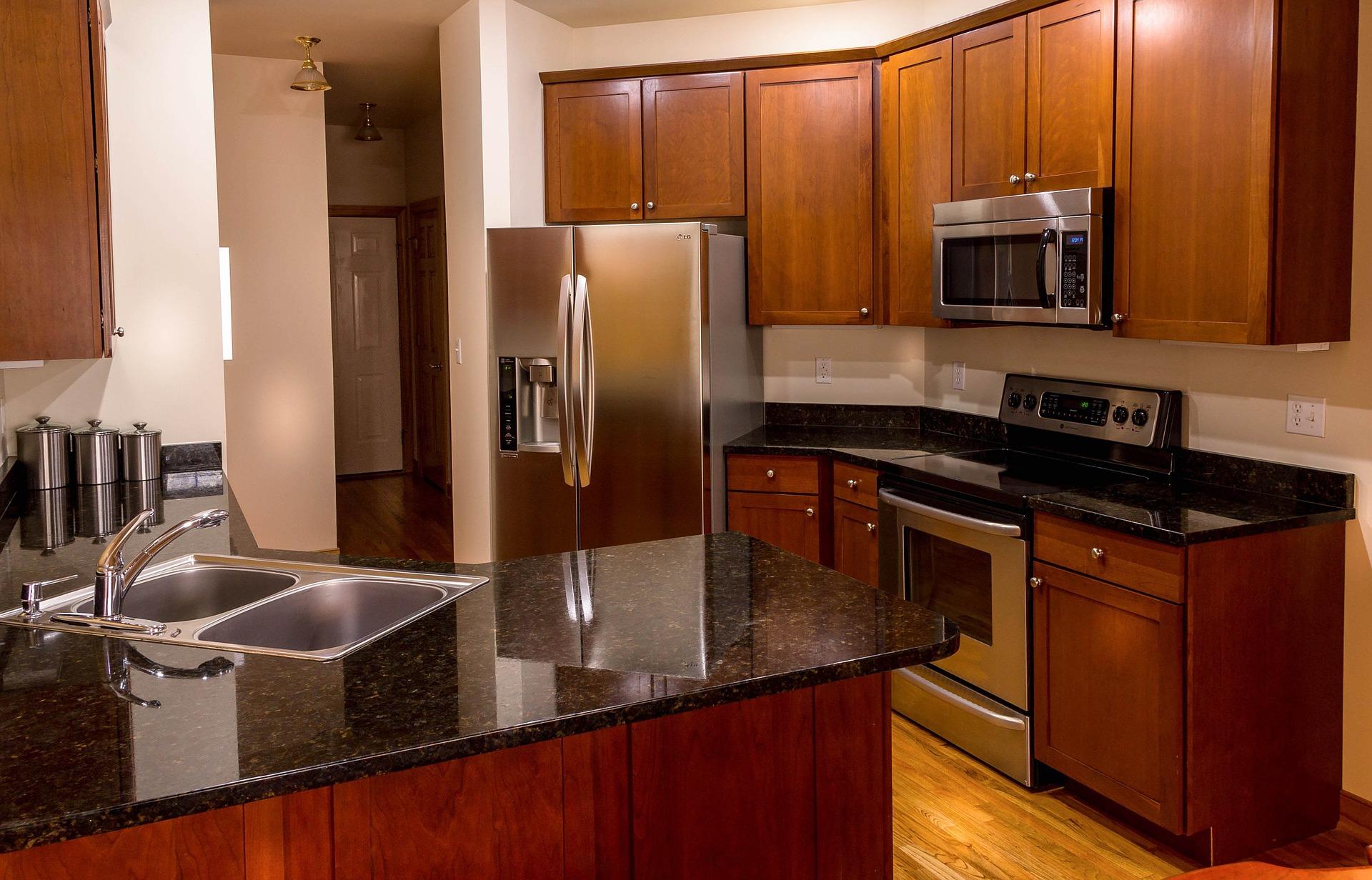 Pracovní trojúhelník je základní variantou ergonomie kuchyně