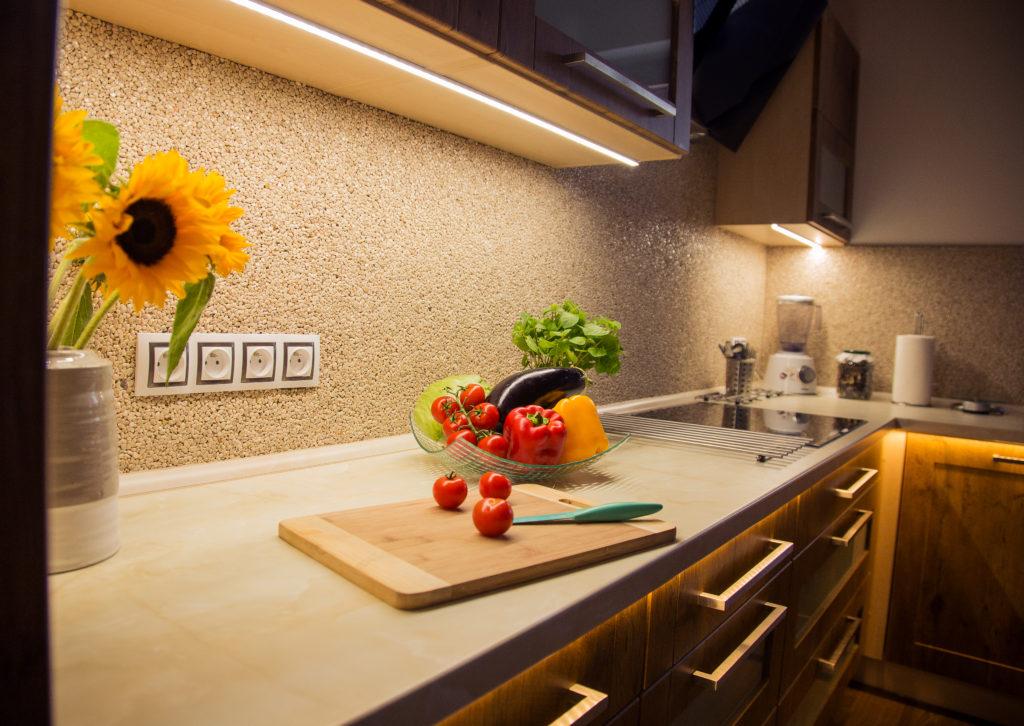 Kamenný koberec do interiéru, kuchyně Zdroj: TopStone